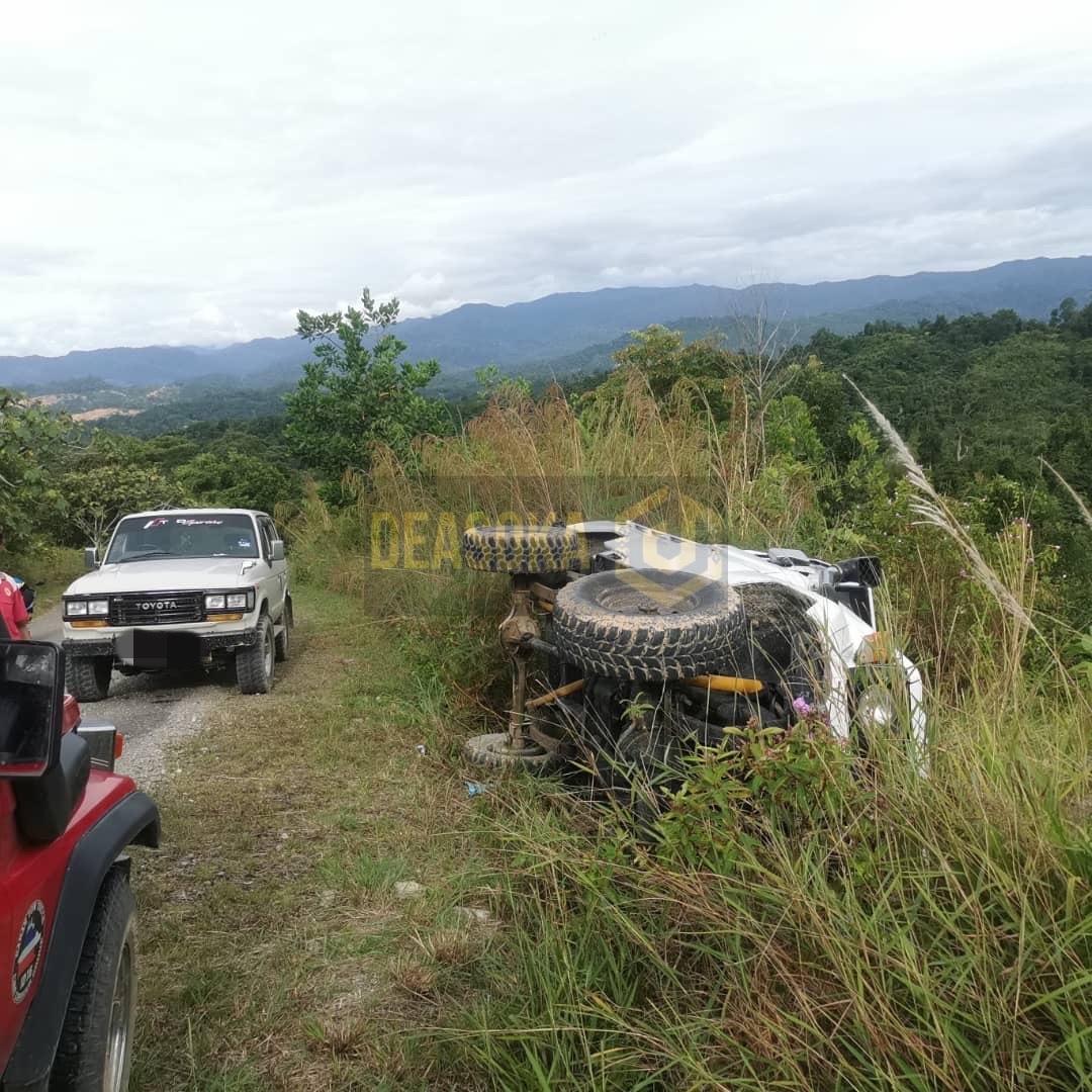 Pemandu maut, isteri dan anak selamat kereta terbabas sendiri
