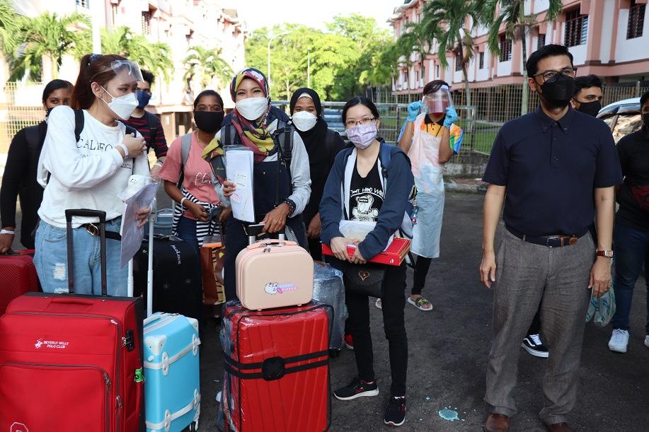 219 pelajar UMSKAL kembali ke kampus